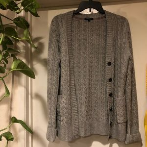 grey burberry cardigan